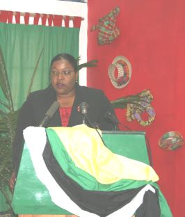 hon._loreen_bannis-roberts_at_reunion_wive_press_con_dec_2007.jpg