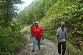 castle_bruce_mp_walks_from_rosalie_to_petite_soufriere_april_2008.jpg