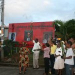 pm_skerrit_holds_torch_aloft_itassi_reunion_2008_pic_two.jpg