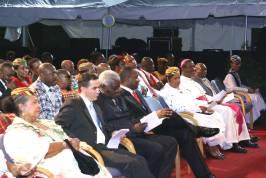 dignitaries_at_parade_of_uniformed_groups_2008.jpg
