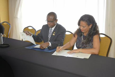 Region's public sector tourism body and hemispheric agriculture agency ink cooperation agreement 8