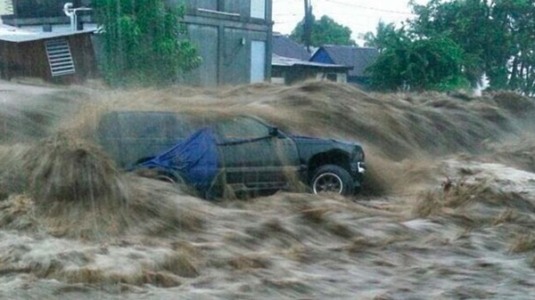 4 killed in Dominica as Tropical Storm Erika hits island 10