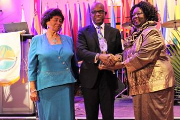 Grenada born retired Canadian politician receives CTO Lifetime Achievement Award 1