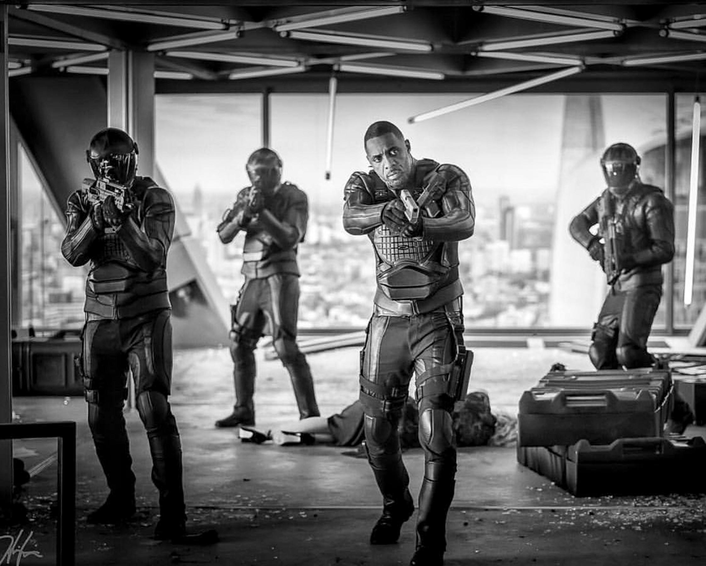 Jason Statham hypes up funnier-than-expected <em>Hobbs & Shaw</em>, Idris Elbas electric villain 3