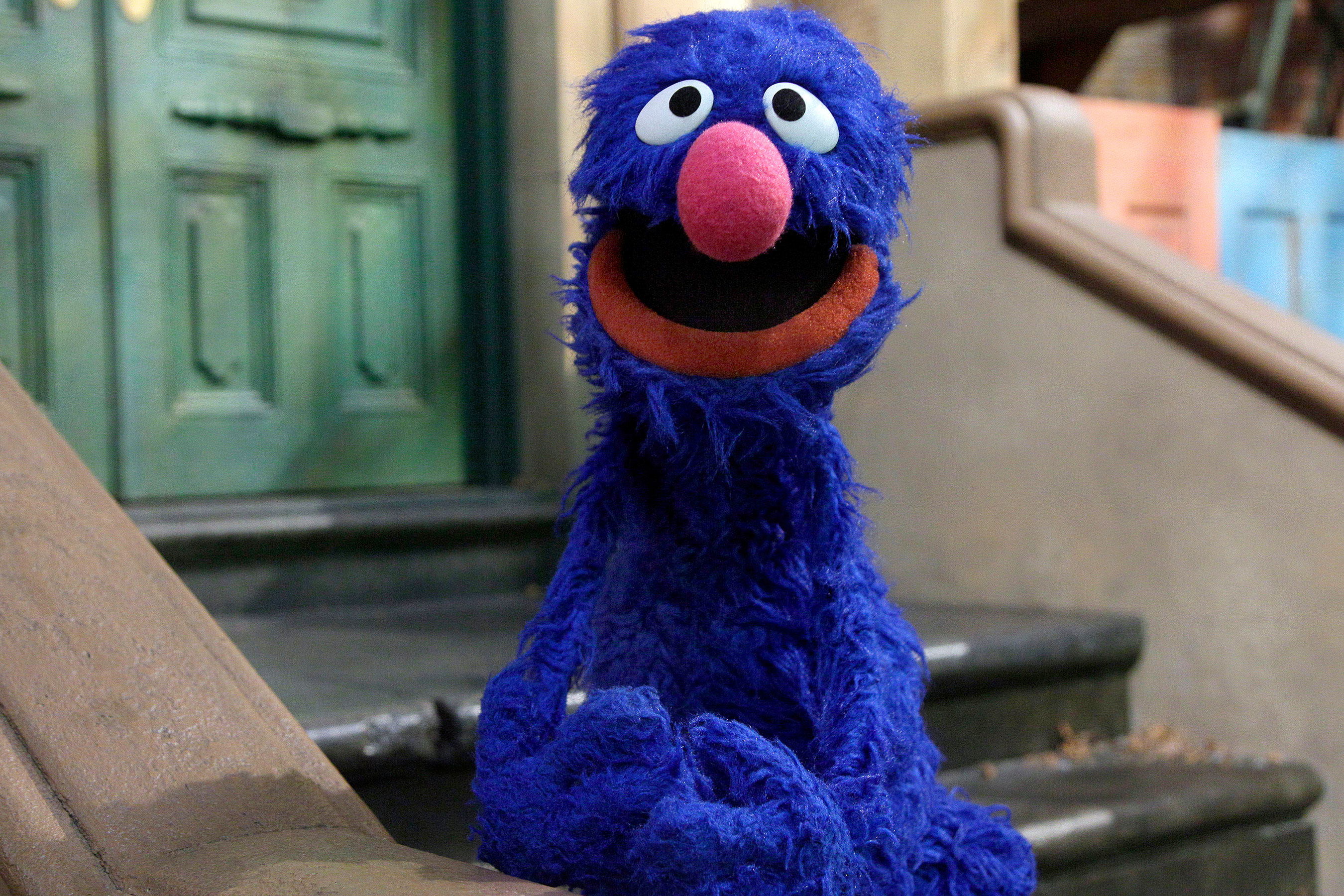 Sesame Street fans convinced Grover just dropped an f-bomb 9