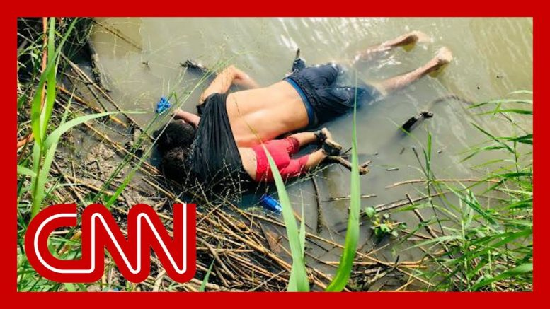 Horrific image illustrates crisis at the US-Mexico border 1