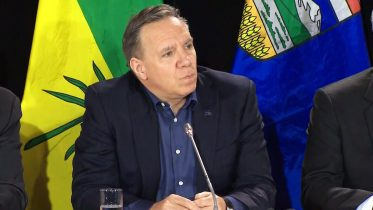 Premiers Legault and Kenney on building pipelines through Quebec 6