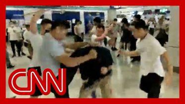 Gang attacks riders on Hong Kong subway 6