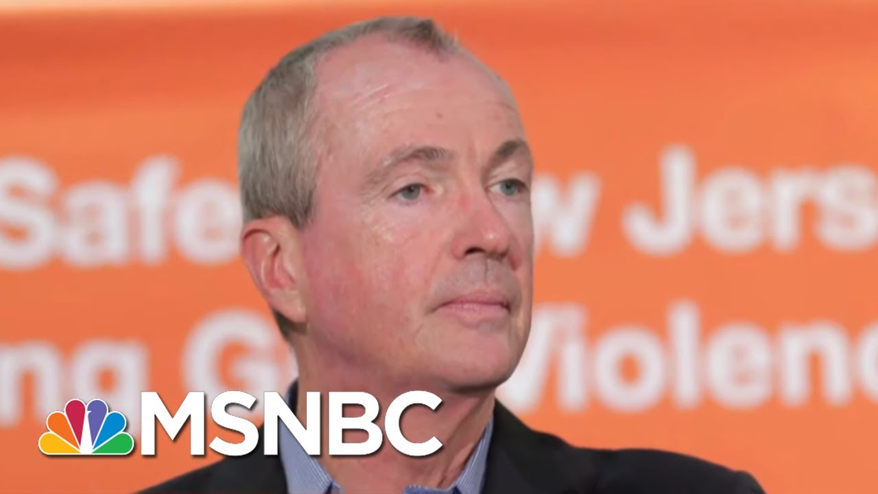 NJ Governor Defends Newark Water Crisis Response Denies Comparisons To Flint | The 11th Hour | MSNBC 1