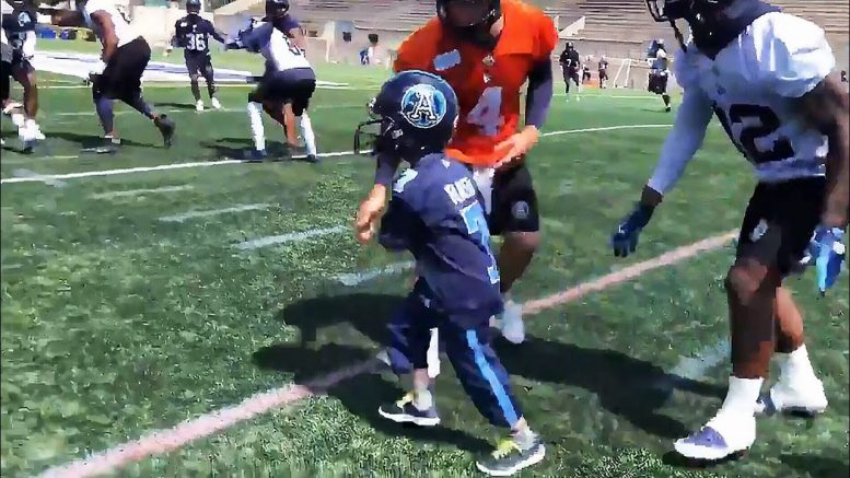 The Toronto Argonauts signed young boy to a one-day contract 1