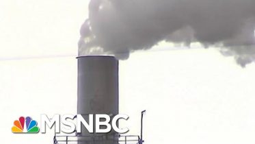 Democrats Call For Sacrifice To Tackle Climate Change | Velshi & Ruhle | MSNBC 4