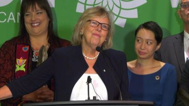 Elizabeth May's campaign launch: Time for leaders to act on climate change 6
