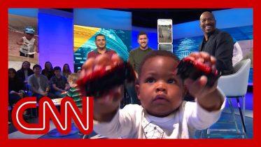 CNN's Van Jones meets viral hugging toddlers 5