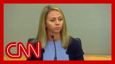 Ex officer: Amber Guyger breaks down on the witness stand 6