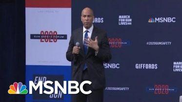 Sen. Cory Booker Addresses Mother Of Shooting Victim | MSNBC 6