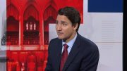 Debrief at the Desk: Liberal Leader Justin Trudeau speaks to Lisa LaFlamme 1