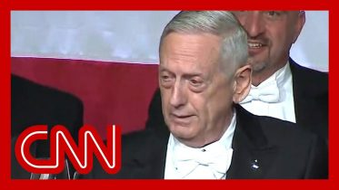 Mattis mocks Trump's bone spurs during Al Smith dinner speech 10