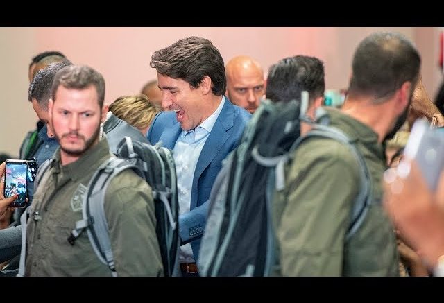 Trudeau wears bulletproof vest at campaign rally in Ont. amid security concern 1