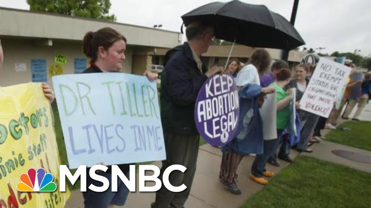 Abortion Clinics Face Down Myriad Pressures To Remain Open | Rachel Maddow | MSNBC 10