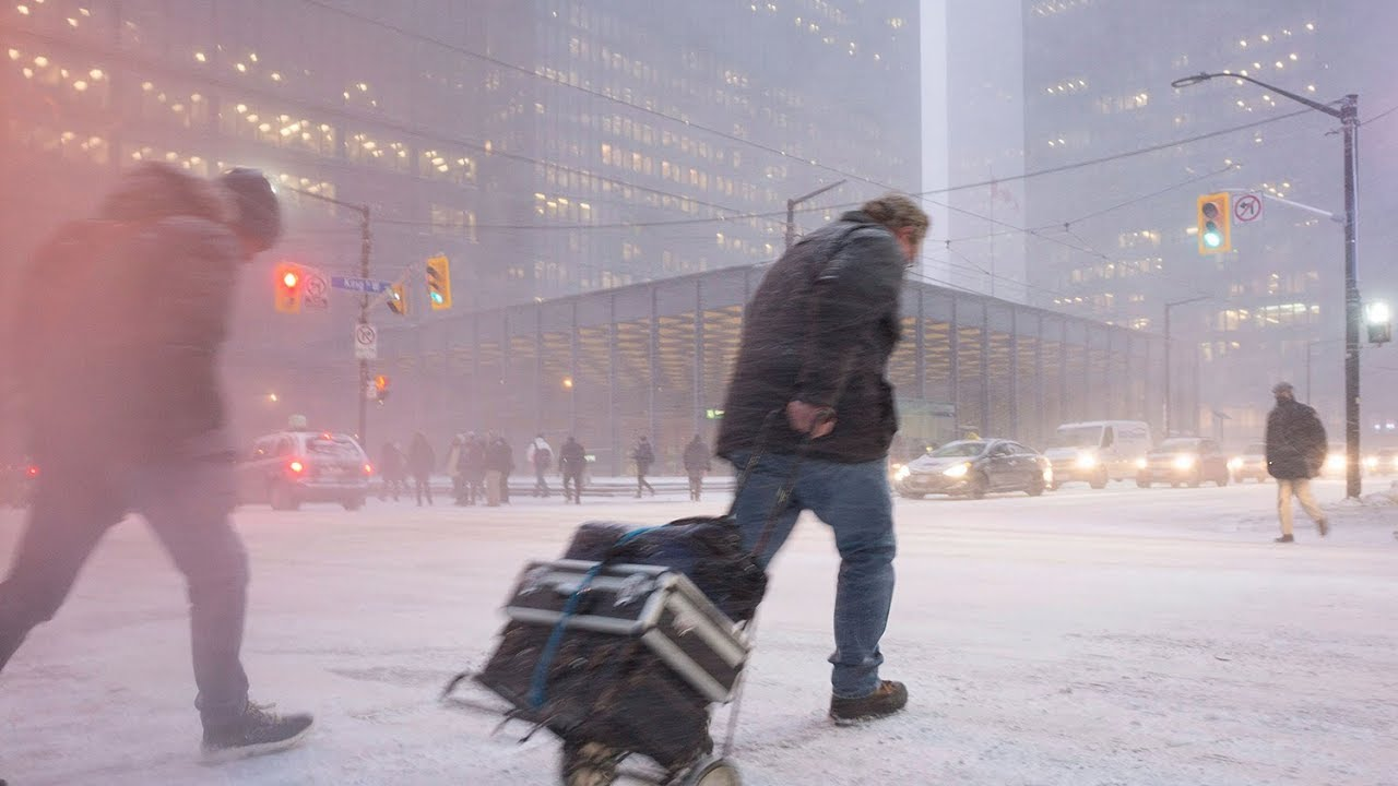 Canadians can expect a 'long, cold and snowy' winter: Weather Network forecast 12