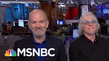R.E.M.'s Michael Stipe On Trump's 'Hate Speech,' Corporate Ownership Of The Press | MSNBC 6