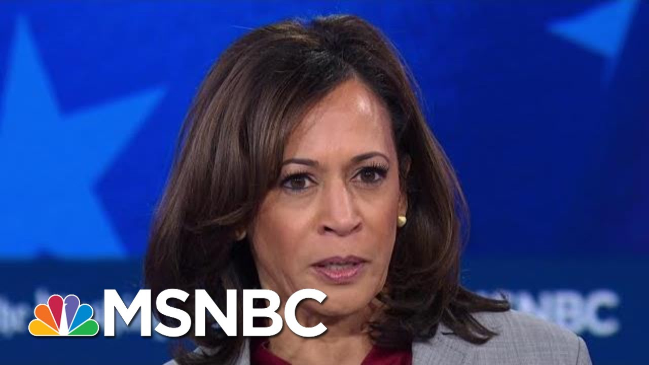 Senator Kamala Harris Attacks Tulsi Gabbard's Record | MSNBC 3