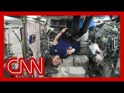 Astronaut Christina Koch breaks record for longest spaceflight by a woman 4