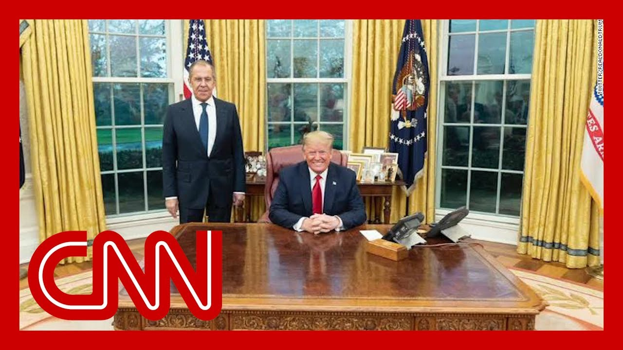 Andrew McCabe: We've never seen an Oval Office photo like this 2
