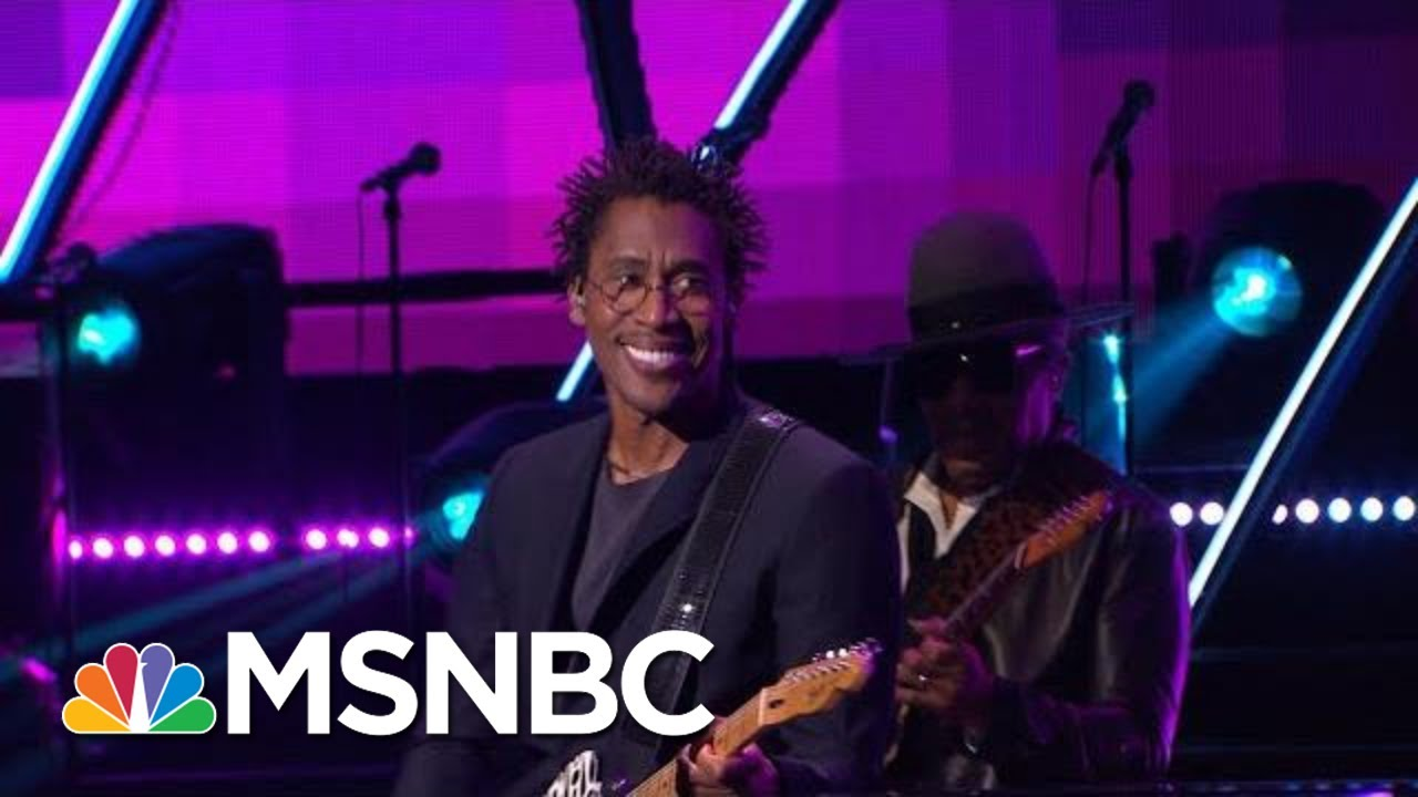 Raphael Saadiq Performs 'The World Is Drunk' With John Legend | MSNBC 8