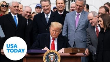 President Trump signs revamped USMCA trade agreement | USA TODAY 6