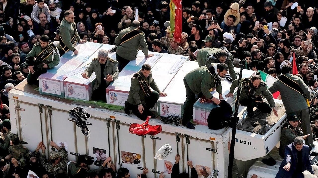 Large crowds gather to mourn top Iranian general Qassam Soleimani 7