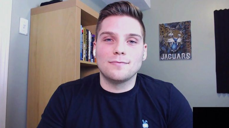 This student is using YouTube to pay off his  university debt 1