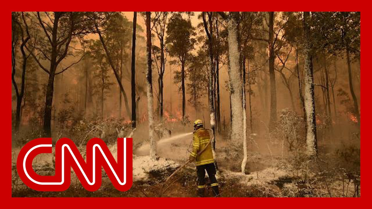Australians urged to evacuate as fires show no sign of stopping 9