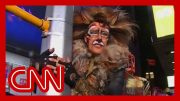 CNN anchor's NYE outfit cracks Anderson Cooper up 2