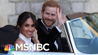 Queen Agrees To Allow Meghan And Harry To 'Spend Time' In Canada, UK   Andrea Mitchell   MSNBC 10