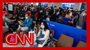 Reporters describes scramble to flee Wuhan before lockdown 6