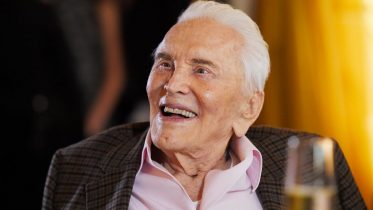 """One of the giants of his era"": Kirk Douglas dead at 103 10"