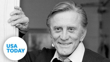 Legendary 'Spartacus' actor Kirk Douglas dies at 103 | USA TODAY 5