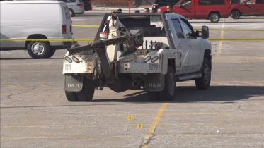 Is a tow truck turf war behind a double-shooting in Toronto? 6