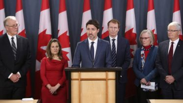 "Trudeau's change in tone on blockades ""quite concerning"": Historian 1"