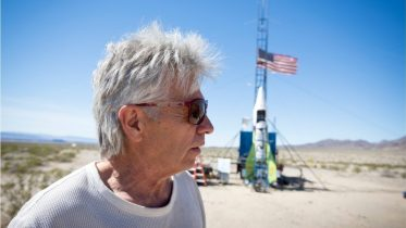 'Mad Mike' Hughes killed in homemade rocket crash | USA TODAY 6