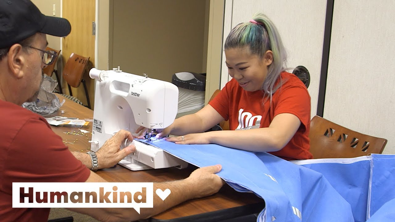 Nurses turn surgical trash into sleeping bags | Humankind 1
