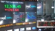 Toronto stock exchange sees worst trading day since 1940 amid COVID-19 fallout 2