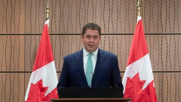 Scheer: Conservatives will approve emergency financial aid 10