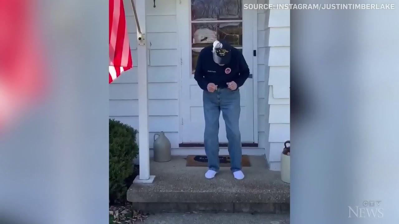 Second World War veteran dances on his porch 3