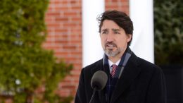 Trudeau announces aid for Canadian energy sector 6