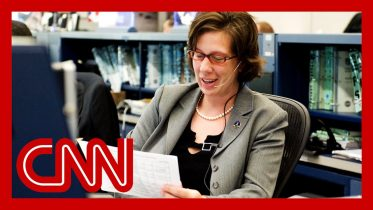 Meet NASA's first female flight director 3