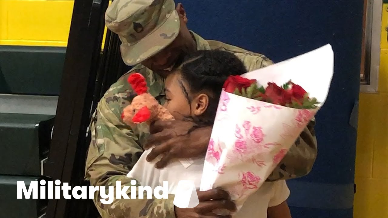 Daughter leaps into Army dad's arms after eight months apart | Militarykind 2