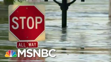 Stabenow On Dam Break In MI: 'I Hope The Company Is Going To Be Held Liable' | MTP Daily | MSNBC 6
