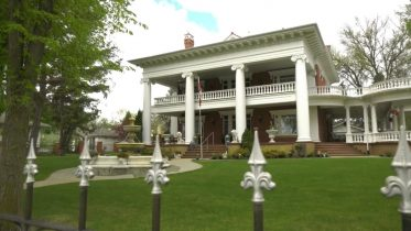 Take a look at this historic Edmonton mansion that hit the Canadian real estate market 9